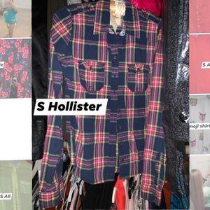 Small Hollister plaid button up shirt